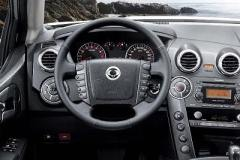 Ssangyong-Actyon-inside